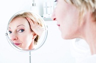 10 Tips to Banish Forehead Wrinkles