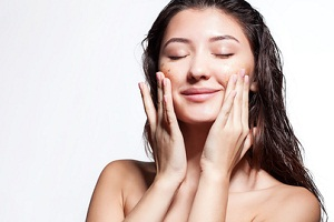 What's the Best Exfoliator For Face? - SkinCareQC
